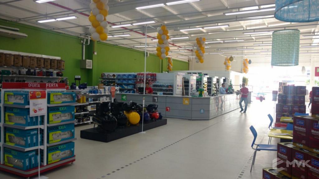 Breithaup home center loja de material de construção. Projeto e execução MVK Gôndolas e Displays para lojas, supermercados, farmácias, pet shops e outros (10)