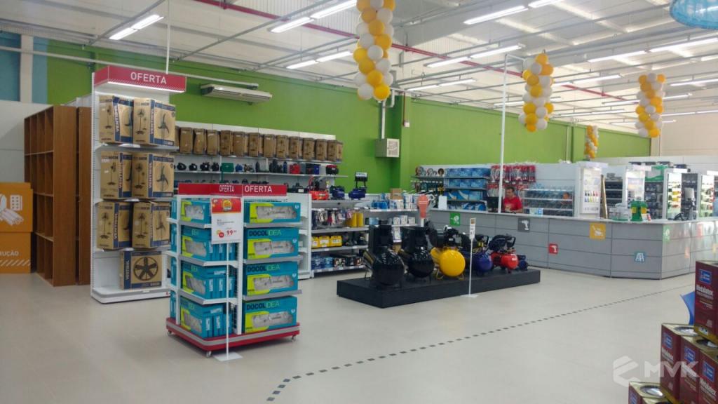 Breithaup home center loja de material de construção. Projeto e execução MVK Gôndolas e Displays para lojas, supermercados, farmácias, pet shops e outros (14)