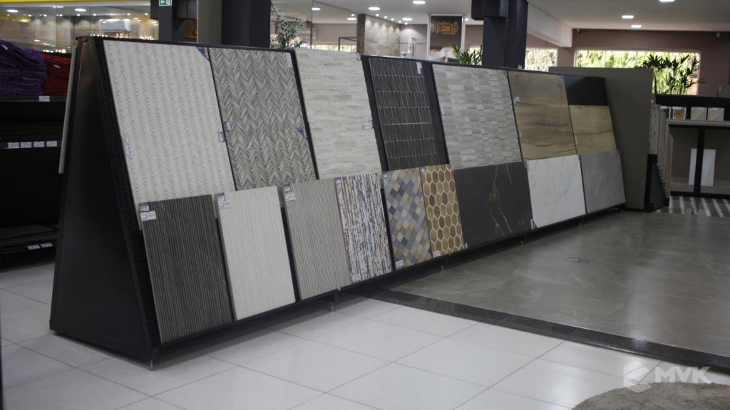 Cardil loja de materiais de construção em Lins SP. Expositor, gôndola, checkout, display, prateleira, estante. Projeto e execução de MVK www.mvk.com.br (8)