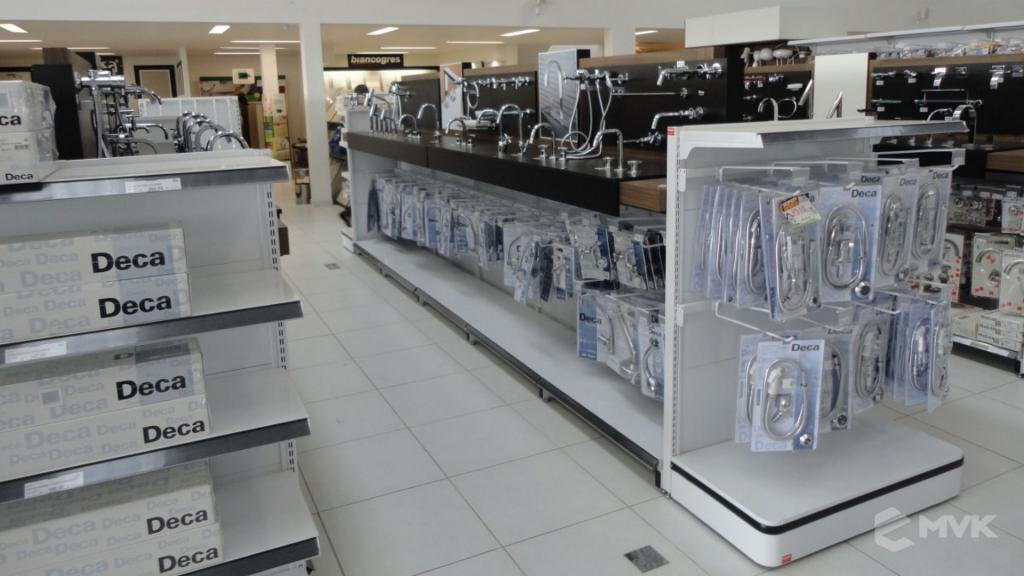 Casa Auxiliadora loja de material para construção em Varginha MG. Projeto e execução de MVK Gôndolas e Displays. Expositores, PDV, balcões. www.mvk.com.br (17)
