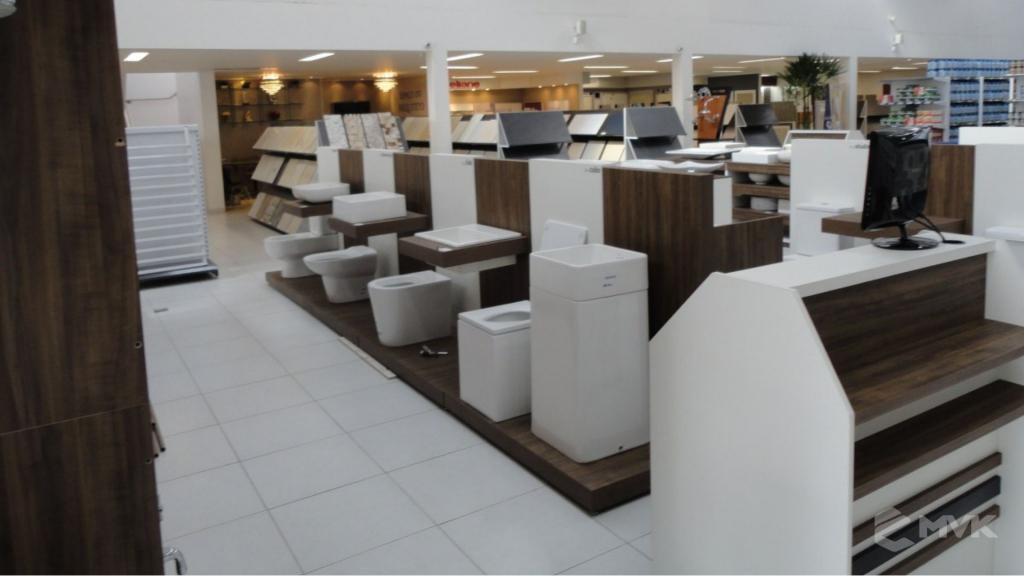 Casa Auxiliadora loja de material para construção em Varginha MG. Projeto e execução de MVK Gôndolas e Displays. Expositores, PDV, balcões. www.mvk.com.br (4)