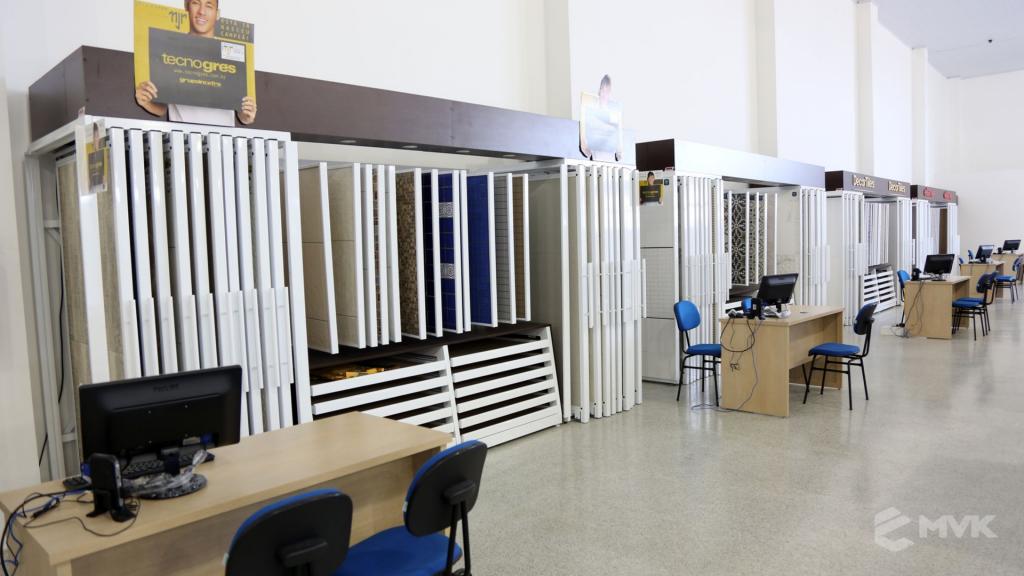 Casa Campos acabamentos e material de contrução. Projeto e execução MVK Gôndolas e Displays (29)