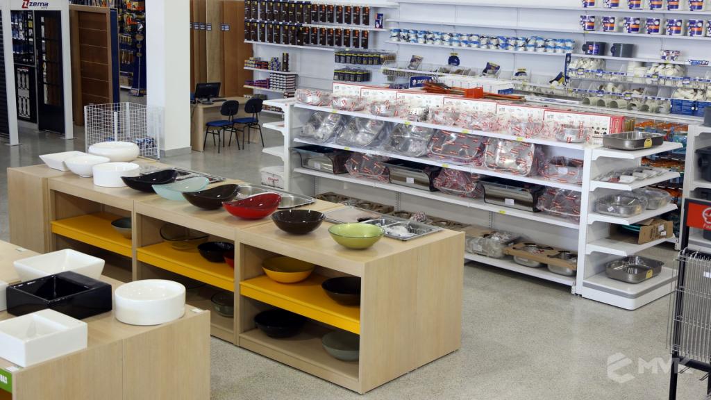 Casa Campos acabamentos e material de contrução. Projeto e execução MVK Gôndolas e Displays (34)