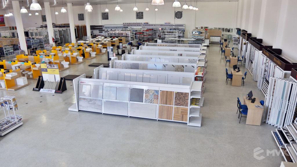 Casa Campos acabamentos e material de contrução. Projeto e execução MVK Gôndolas e Displays (4)