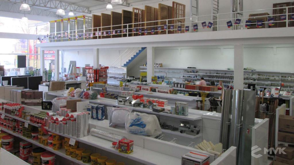 Loja AM Materiais de Construção em Arujá - SP. Casa Tua Revestimentos Finos. Projeto e execução de MVK Gôndolas e Displays (5)
