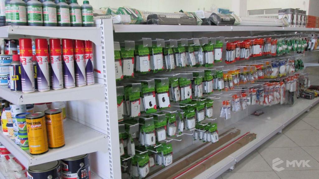 Loja AM Materiais de Construção em Arujá - SP. Casa Tua Revestimentos Finos. Projeto e execução de MVK Gôndolas e Displays (6)