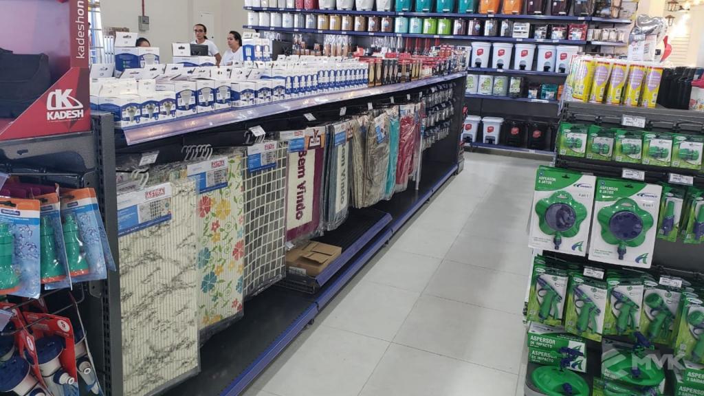 Loja de Material de Construção Beira Rio em Sinop MT. Home Center. Projeto executado por MVK Gôndolas e Displays. Expositor para Porcelanato e Cerâmicas (1)