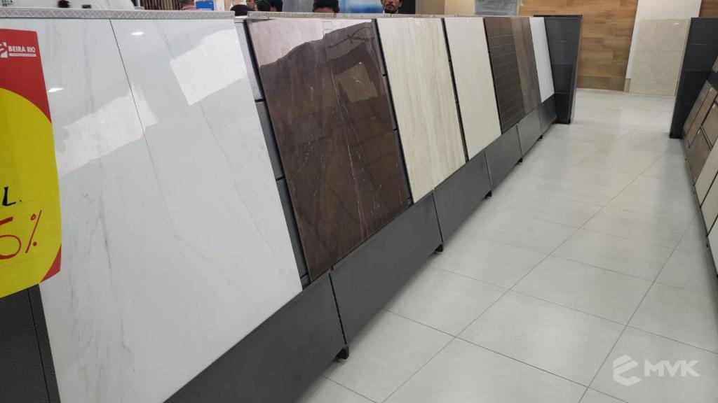 Loja de Material de Construção Beira Rio em Sinop MT. Home Center. Projeto executado por MVK Gôndolas e Displays. Expositor para Porcelanato e Cerâmicas (6)