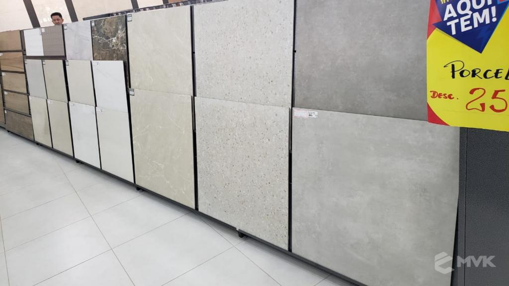 Loja de Material de Construção Beira Rio em Sinop MT. Home Center. Projeto executado por MVK Gôndolas e Displays. Expositor para Porcelanato e Cerâmicas (7)