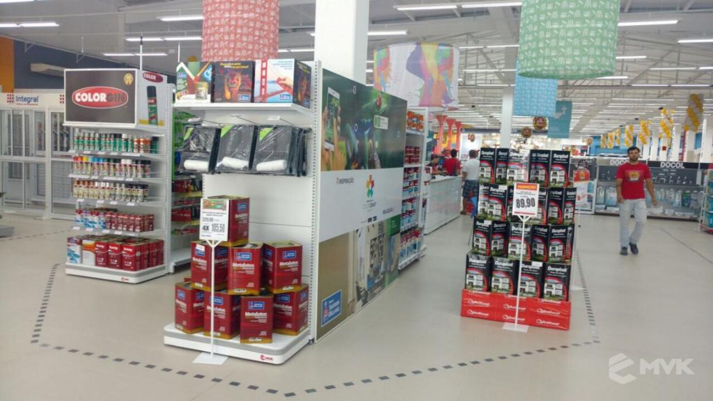 Loja de Material de Construção e Home Center Breithaup em Joinvile Santa Catarina. Gôndolas, displays, balcões e expositores MVK (22)