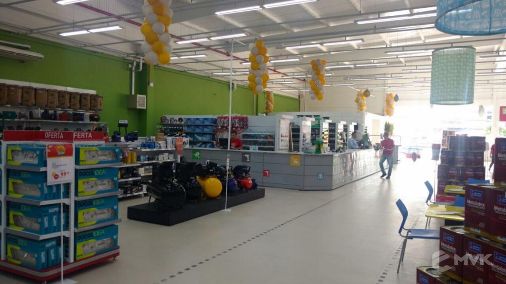 Loja de Material de Construção e Home Center Breithaup em Joinvile Santa Catarina. Gôndolas, displays, balcões e expositores MVK (26)