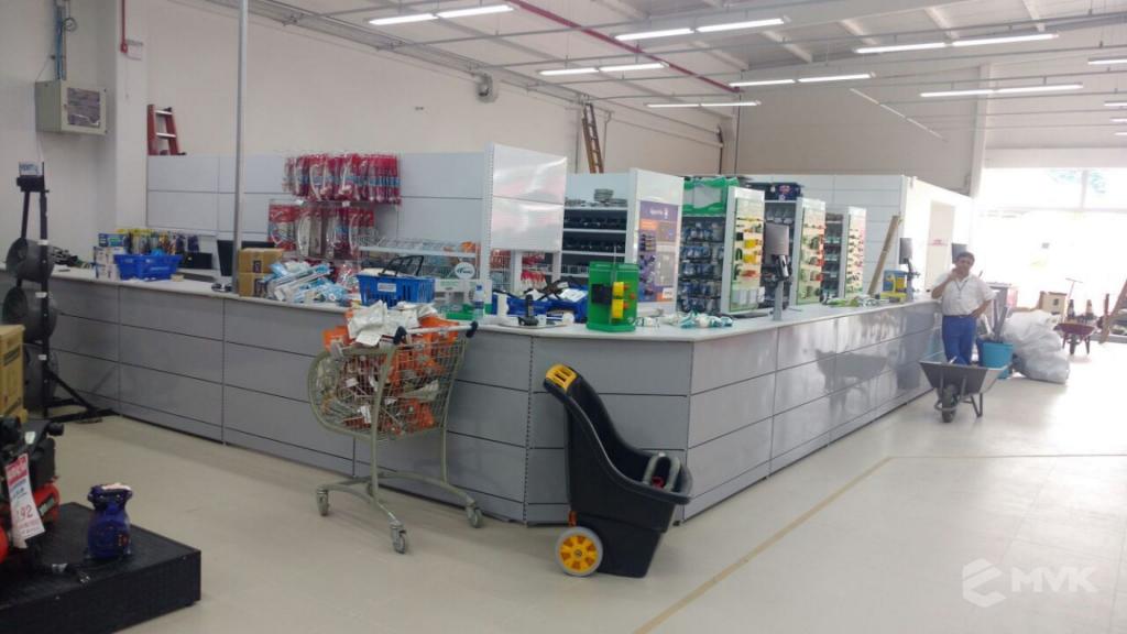 Loja de Material de Construção e Home Center Breithaup em Joinvile Santa Catarina. Gôndolas, displays, balcões e expositores MVK (4)