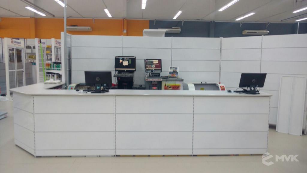 Loja de Material de Construção e Home Center Breithaup em Joinvile Santa Catarina. Gôndolas, displays, balcões e expositores MVK (6)
